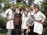 """Віра Матковська: """"Раніше українки вінчалися у вишиваному вбранні"""""""